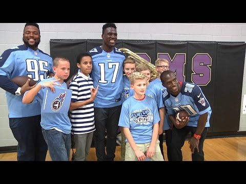 Tennessee Titans Fuel Up to Play 60 at Spring Station Middle School