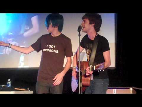Alex Day & Tom Milsom - Holding On - VidCon Live