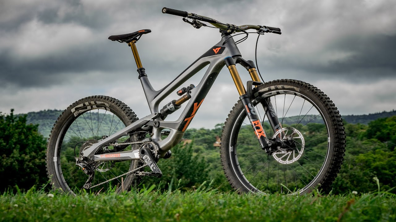 YT Capra CF Pro Race Review - 2018 Bible of Bike Tests