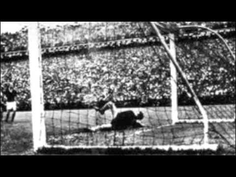 FUSSBALLGOTT_Bomber feat. Herbert Zimmermann