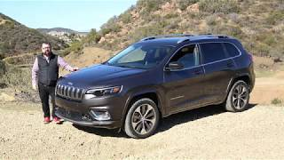 First look at 2019 Jeep Cherokee with cool and exclusive drone footage