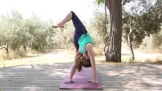 מאיה חדש: מתיחות יוגה אחרי אימון
