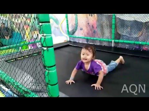 Mainan anak^^ waww!!! serunya bermain trampoline with Audrey indor playground @festival city link