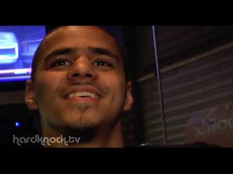 J Cole Eyebrows Vs Drakes J Cole on Drake...