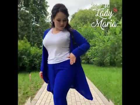 Стильный брючный костюм цвета электрик ТД Леди Мария женская одежда больших размеров