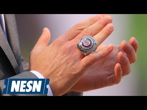 Chicago Cubs Give Steve Bartman A World Series Ring
