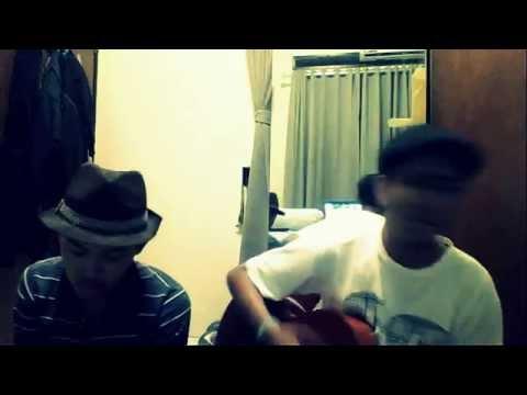 (Sewindu - Tulus) cover by Hafid & Hiroki