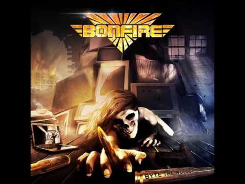Клип Bonfire - Lonely Nights