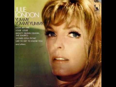 Julie London - Mighty Quinn ( Quinn The Eskimo ) - Bob Dylan / Manfred Mann