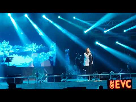 LAE DOOBA BY SUNIDHI CHAUHAN   LIVE AT NIT TRICHY