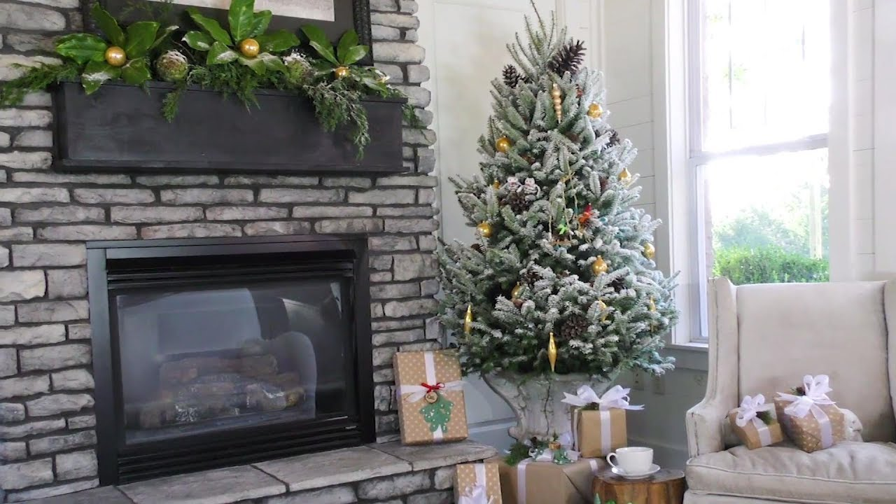 how to flock a christmas tree southern living