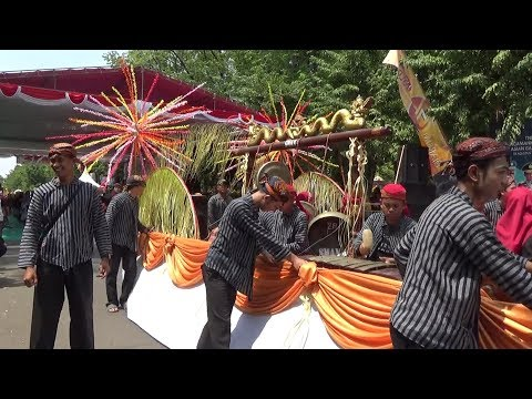 MANTENAN / NIKAHAN - Juara 2 SMAN 4 Bojonegoro   Pawai Budaya 2018 - Hari Jadi Bojonegoro Ke 341