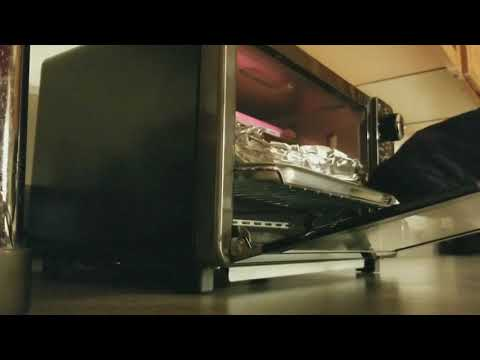 Ultimate elite collection 4-slice toaster oven by Bella