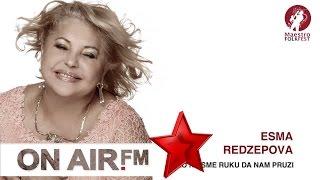 Esma Redzepova - Niko Ne Sme Ruku Da Nam Pruzi