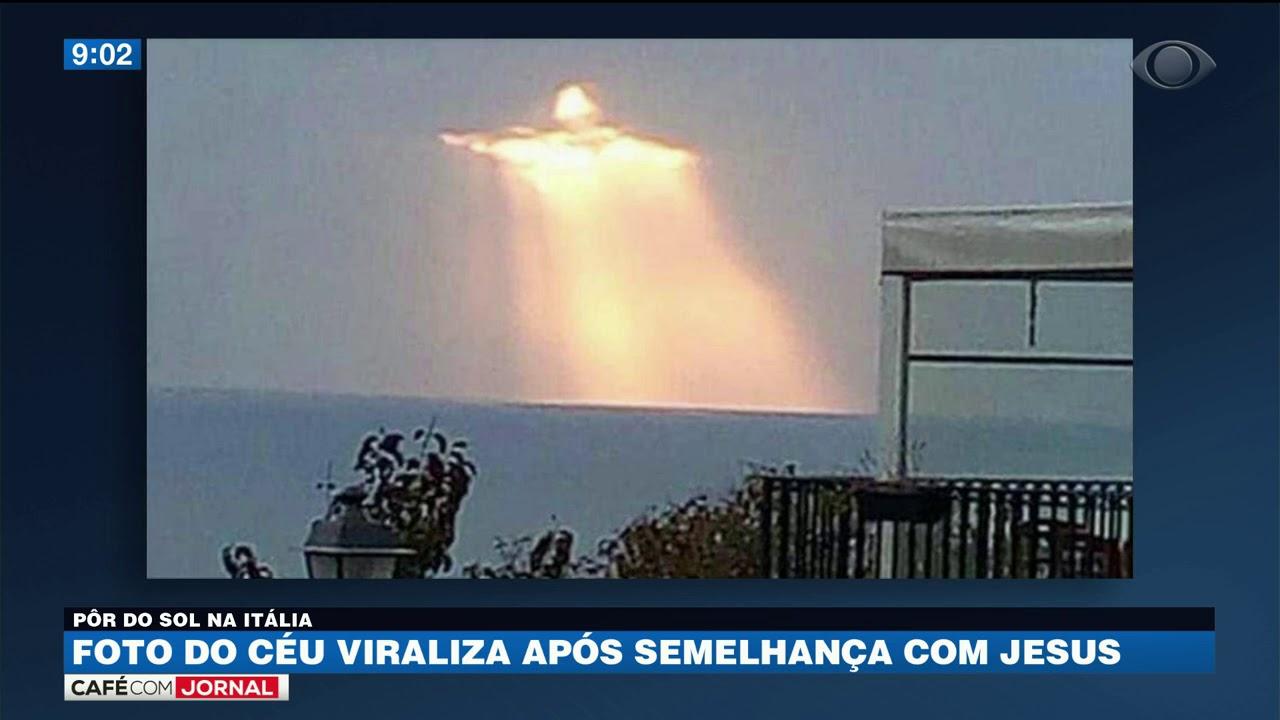 Download Foto do céu viraliza após semelhança com Jesus