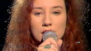 Tori Amos LIVE Jools 1992 [full performance HQ]