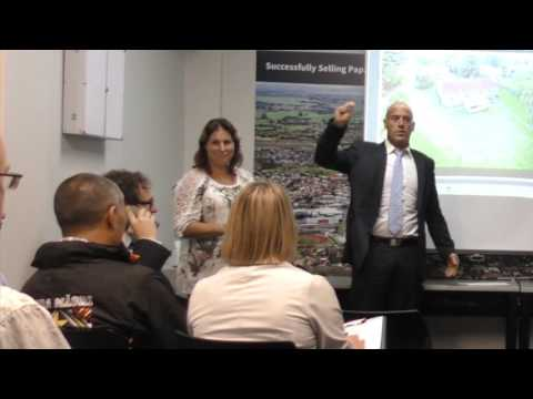 Hot in-rooms Auction at Papakura Harcourts