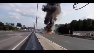 Взрыв Кислородных баллонов на дороге(Снимал не я., 2016-05-19T02:10:33.000Z)
