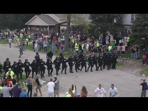 Riot Police Shut Down Insane College Block Party