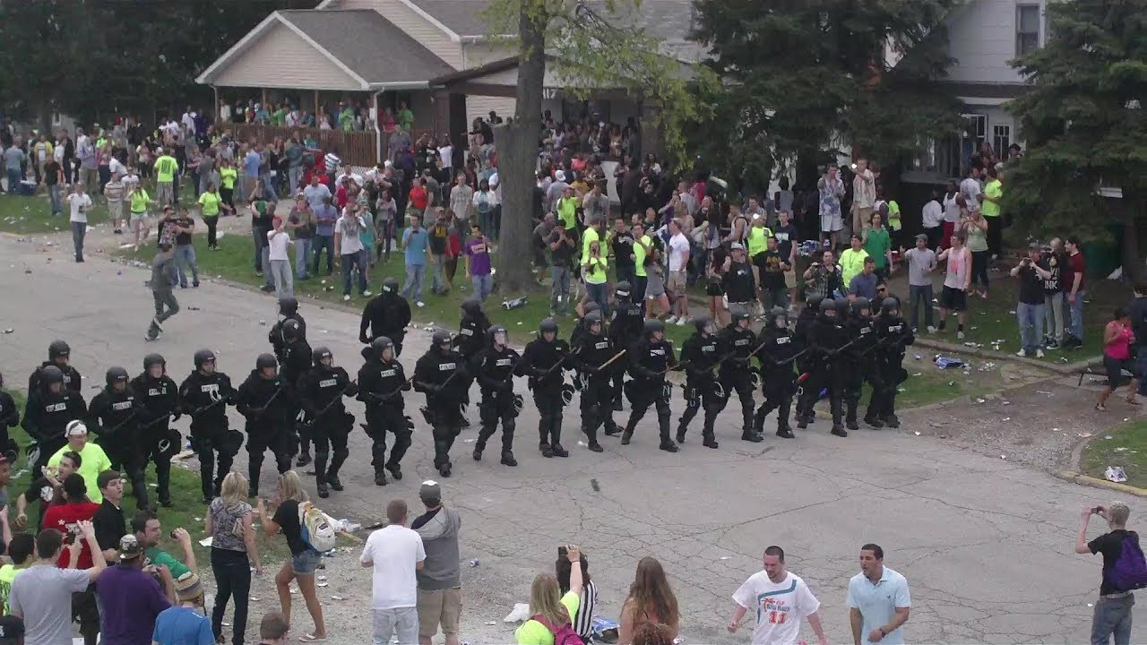Riot Police Disrupt INSANE College Party