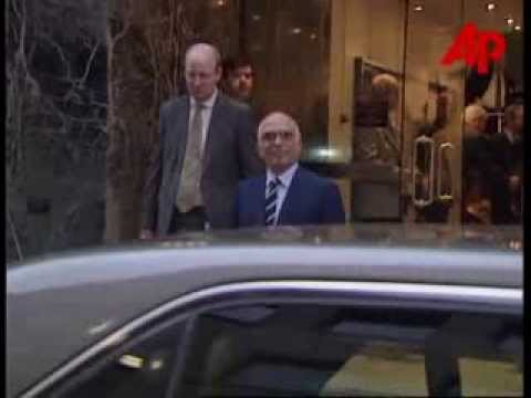 King Hussein visits London November 1996