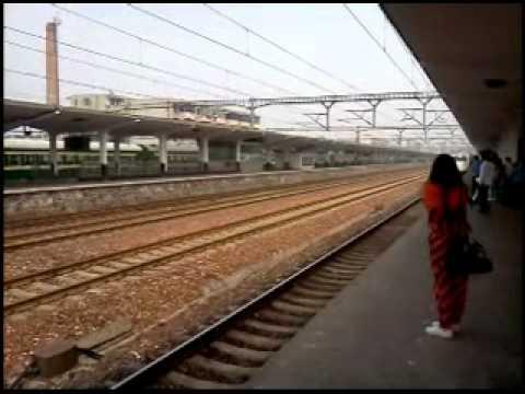 Train Arrival At Shangqiu Station(商丘站),Henan(河南), China
