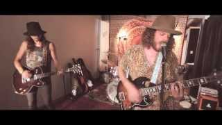 Wolfmother - Somebody's Calling (Shed Session)