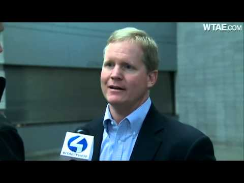 Pirates GM Neal Huntington on Navy SEAL training: 'Puzzled it's such a big story'