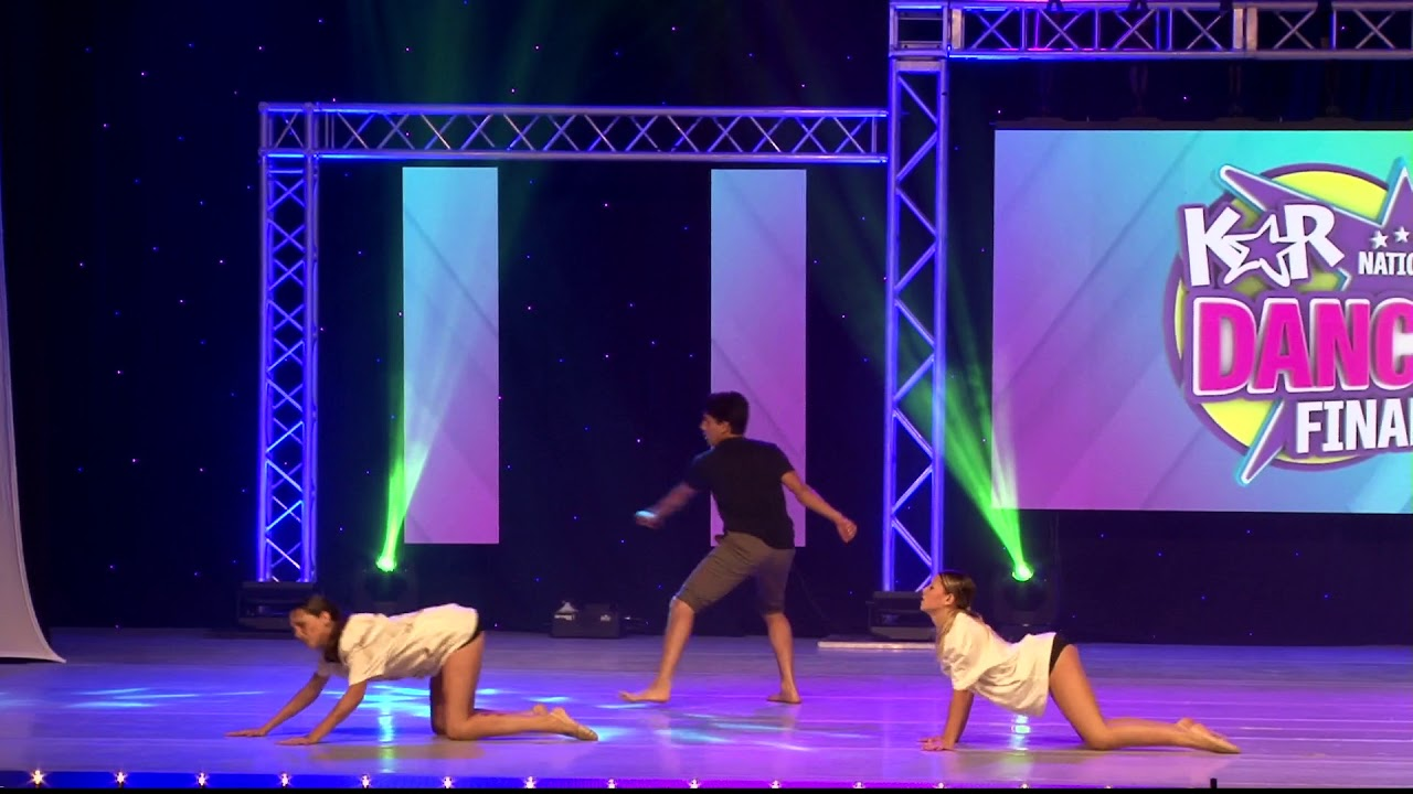 Hold Me While You Wait Jump Dance Studio - YouTube