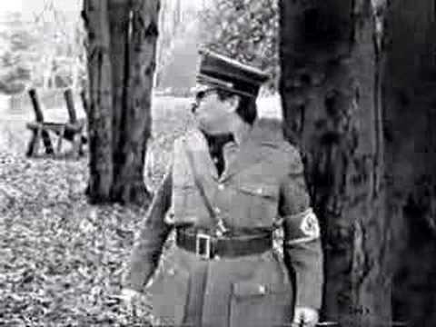 Extra 3 - Hitler ganz Privat