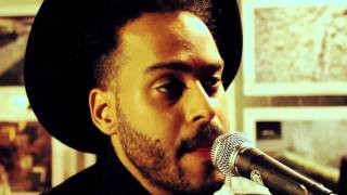 Twin Shadow - Shooting Holes (Yours Truly Session)