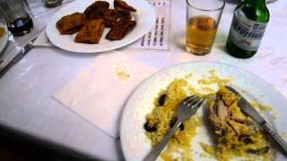 アキーラさん堪能⑤モロッコ・タンジェ市・旧市街内レストラン・モロッコ料理!クスクス&お菓子!Morocco food Restaurant in Tanger in Morocco!