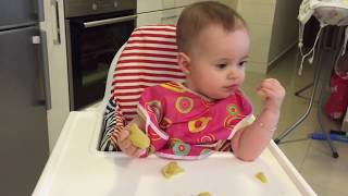 6 month old baby eating apple and pear blw with emmi