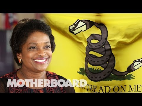 Former FCC Commisioner Mignon Clyburn Is Still Fighting for Net ...