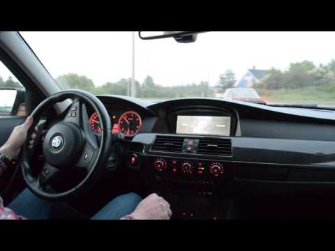 BMW E61 535d going round the circle
