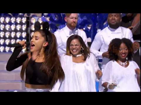 ariana-grande-&-david-foster-disney-parks-unforgettable-christmas-celebration-dec-25,-2015