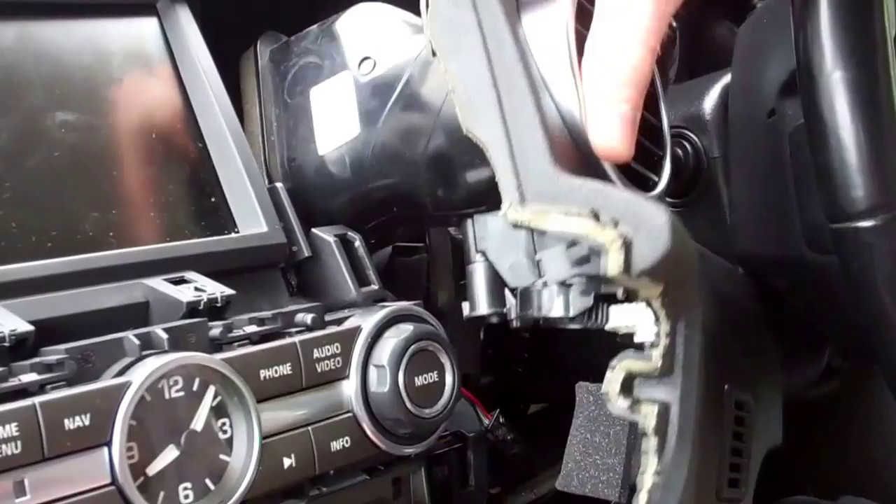 How To Remove The Center Dashboard On Land Rover Discovery