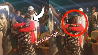 OMG- SHATTA WALE CRIES ON STAGE AS HE PERFORMS HIS LEVEL SONG