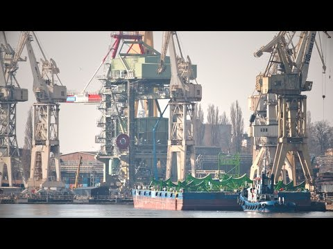 Offshore Wind Heavy Docking Bremen Pontoon After Accident