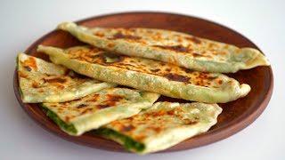 Лепешки на сковороде с зеленью и сыром. Без дрожжей и разрыхлителя