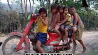 Kids Moto Taxi in Cambodia 2010 04