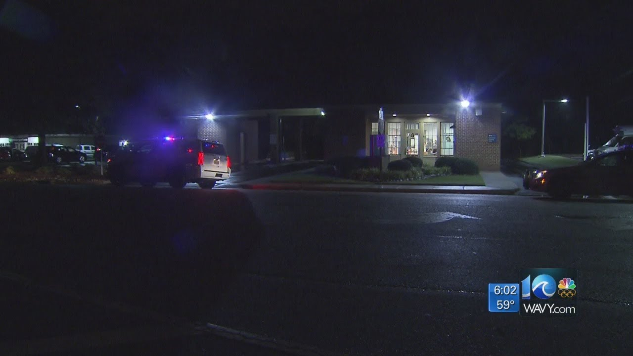Pnc Bank Virginia Beach : suspects charged in pnc bank robbery in va beach youtube ~ Vivirlamusica.com Haus und Dekorationen