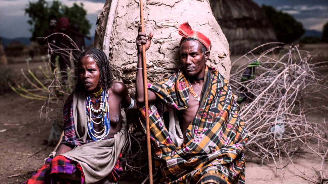 different tribes Bhil : tribes of tripura bhills are considered as one of the oldest tribe in india once they were the ruler in parts of rajasthan, gujarat, malwa, madhya pradesh and bihar.
