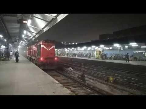 Super WDG3A Loco Roaming at New Delhi Railway Station