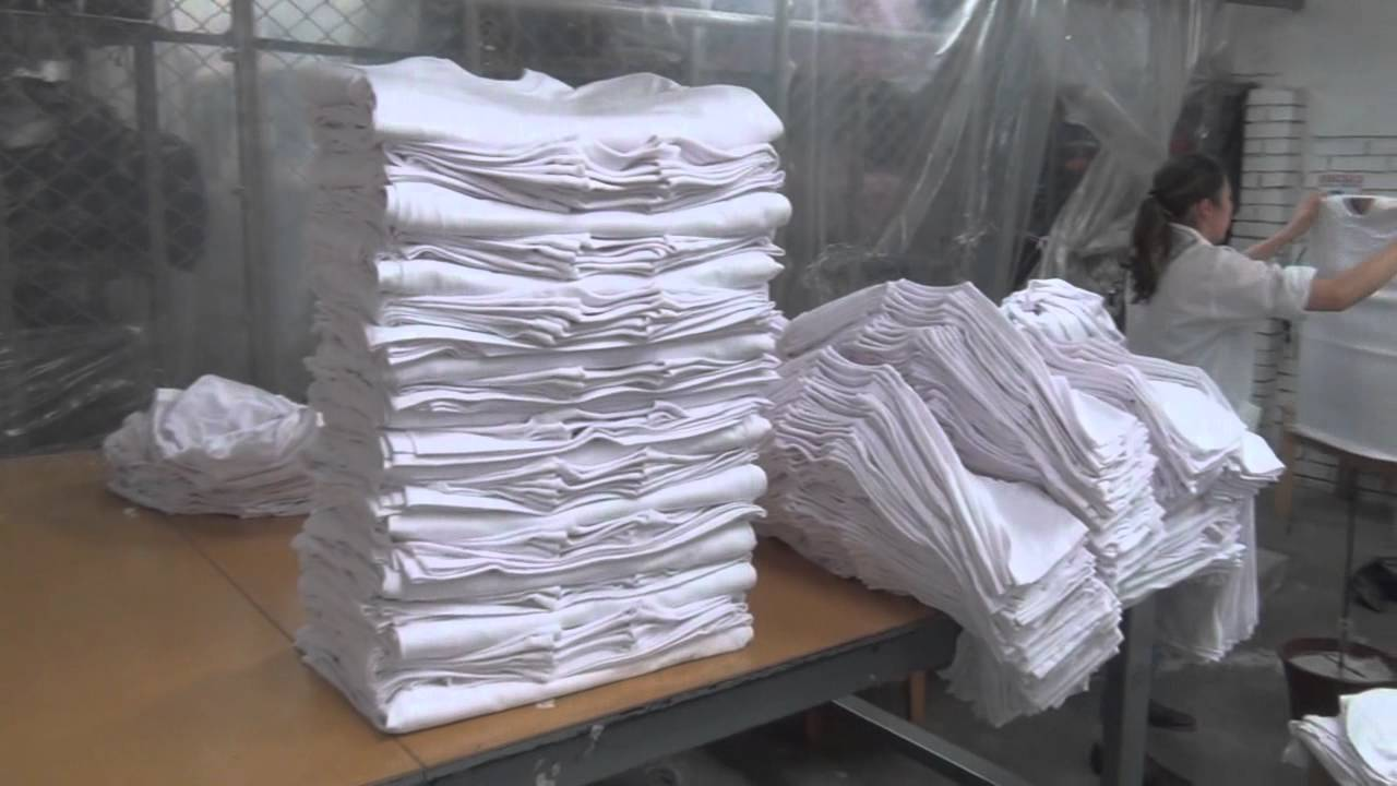DISTRIBUIDORA Y FABRICA DE CAMISETAS COTTON BASIC BOGOTA COLOMBIA - YouTube ff2a4969af6e7