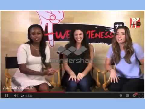 Girls Generation(SNSD)Racist comments on awesomenessTV(YTMA awards)