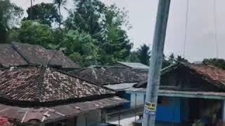 Download Lagu Riburibu dikanan jalan, Gitar tunggal. Zainuddin,Batang hari 9. Daerah Lahat Sumsel mp3