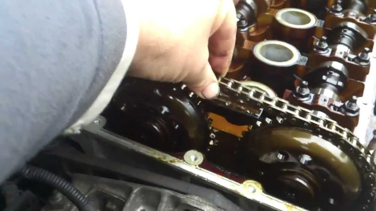 mk1 ford galaxy 2 3 timing chain tensioner problem close up view youtube. Black Bedroom Furniture Sets. Home Design Ideas