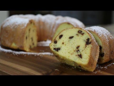 LOW CALORIE Chocolate Chip Bundt Cake