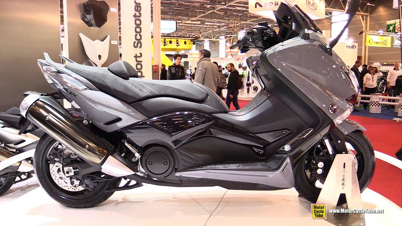 2016 yamaha tmax 530 lux max abs walkaround 2015 salon de la moto paris youtube. Black Bedroom Furniture Sets. Home Design Ideas